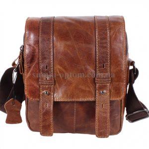 Стильная мужская сумка коричневого цвета из натуральной кожи