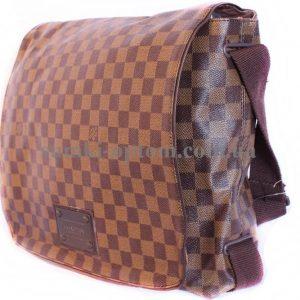 Сумка известного бренда Louis Vuitton